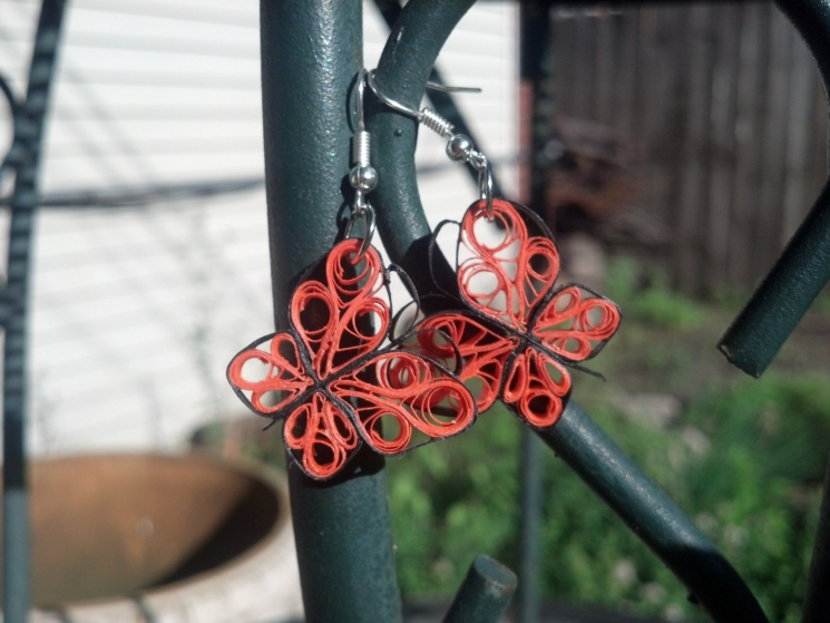 eco friendly paper jewelry, paper quilling earrings, earrings for girls