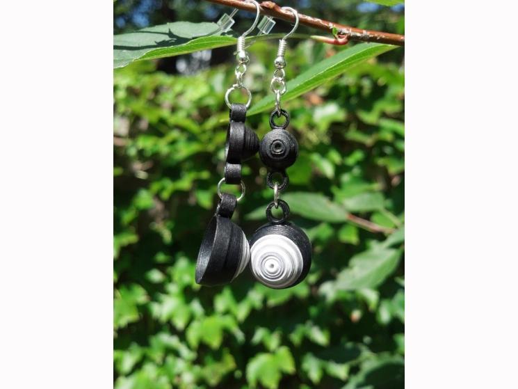 long black earrings, chandelier earrings, white and black earrings, black dangle