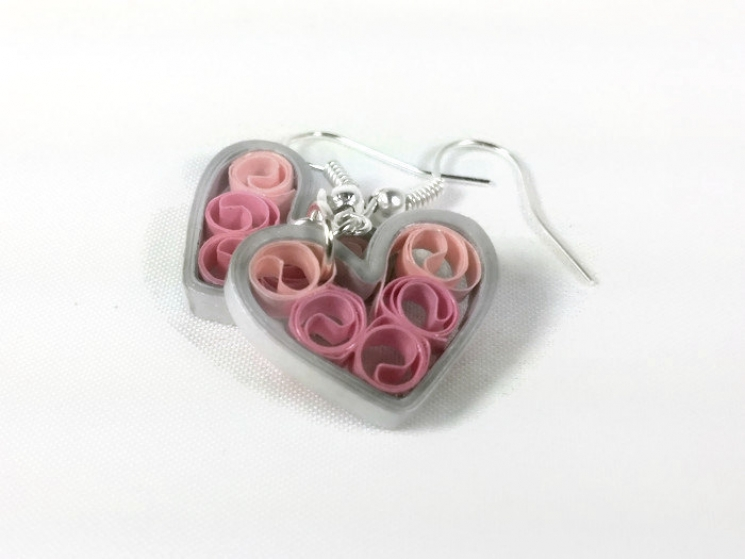signature sweetheart filigree, silver heart earrings, paper quilled earrings