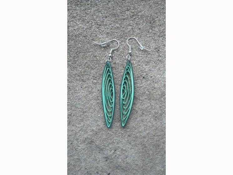 long green earrings, handmade earrings, paper quilled earrings, green earrings