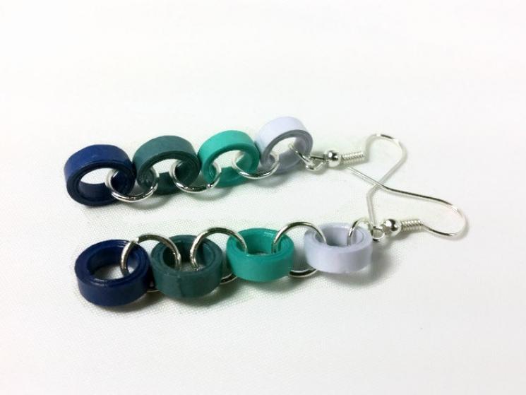 blue circle earrings, blue dangle earrings, paper quilling earrings, blue chain