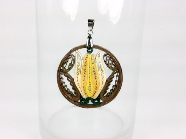 spring jewelry, flower pendant, flower necklace, flower jewelry, eco friendly