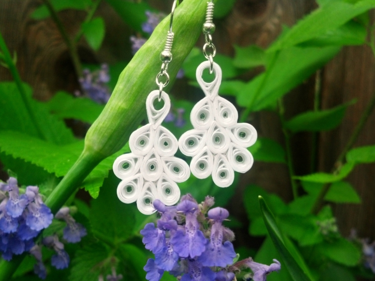 eco friendly bride, eco bride, eco wedding, eco chic earrings, quilling earrings