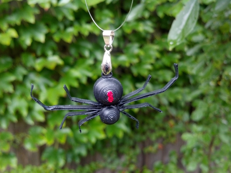 paper jewelry, creepy jewelry, spider queen, spider widow, spider princess
