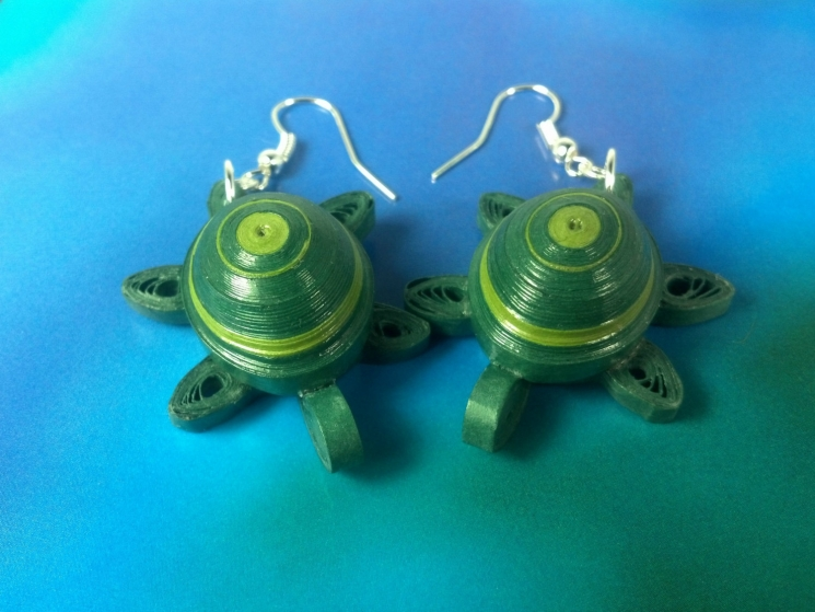 sea turtle jewelry, earrings for girls, dangle turtles, animal lover, sea turtle