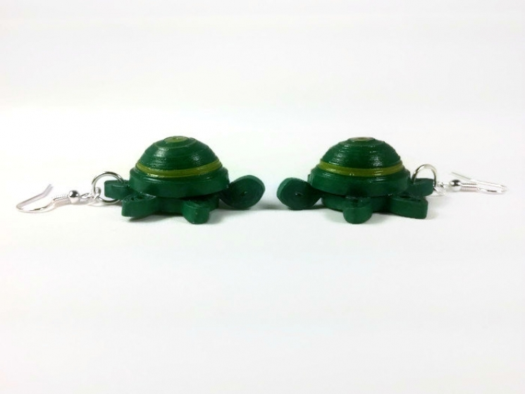 cute turtle earrings, dangle turtles, tortoise earrings, tortoise jewelry