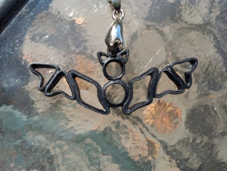 bat necklace, bat pendant, Halloween jewelry, paper quilling necklace
