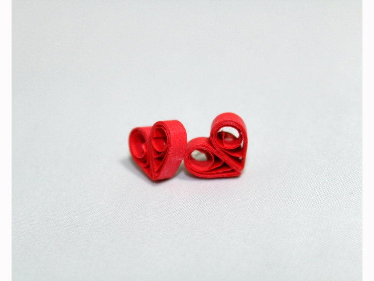 quilled hearts, paper hearts, quill heart, quill heart jewelry, silver posts