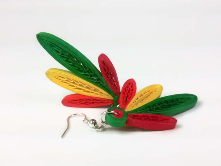 reggae earrings, Chicago jewelry, red green yellow orange feathers, 4 feathers
