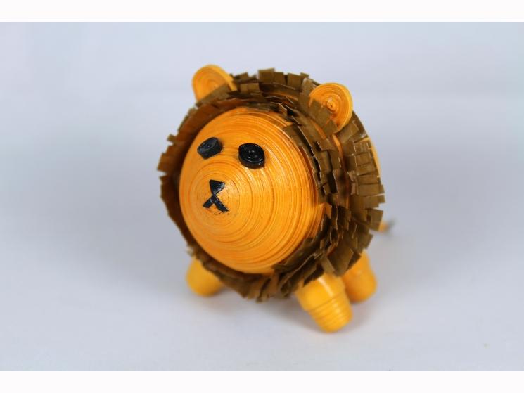 brown mane, golden lion, miniature lion, mini lion, paper lion, paper quilling