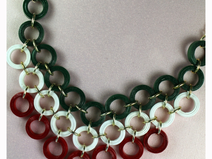 paper jewellery, green and red necklace, modern necklace, collar necklace