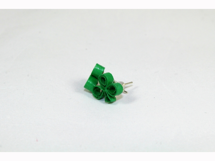 shamrock studs, shamrock stud earrings, st patricks day earrings, quill shamrock