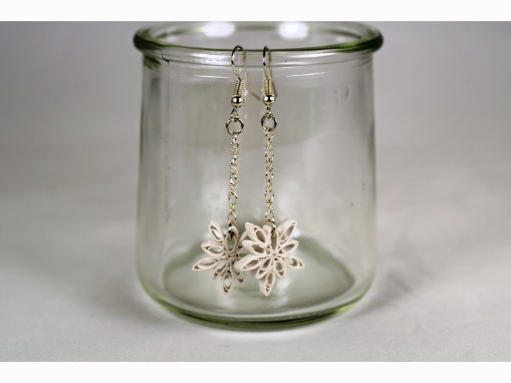 quilled snowflakes, paper snowflakes, handmade snowflake earrings
