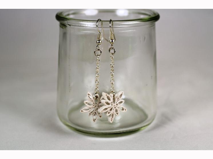 quilled snowflakes, paper snowflakes, handmade snowflake earrings