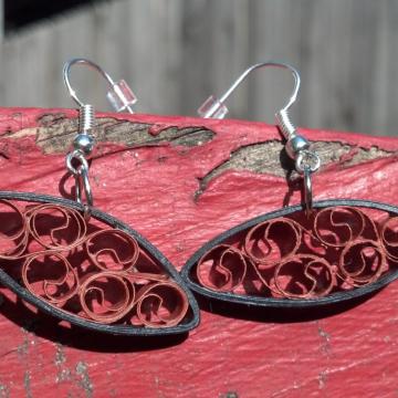small quilling earrings, small earrings, oval earrings, almond earrings, ecochic