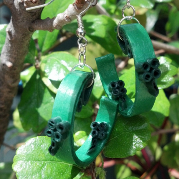 quilling four leaf clover, shamrock earrings, green celtic earrings, paper quill