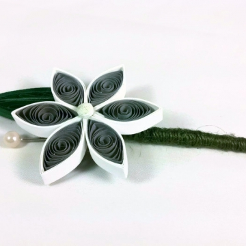 boutonniere alternatives, paper flower buttonhole, gray boutonniere