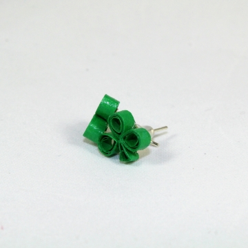 shamrock studs, shamrock stud earrings, st patricks day earrings, quill shamrock