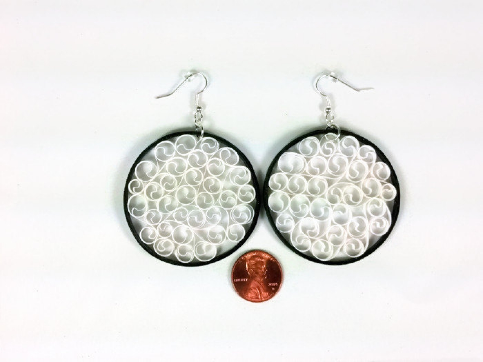 handup and product global white filigree goods filligree earrings black