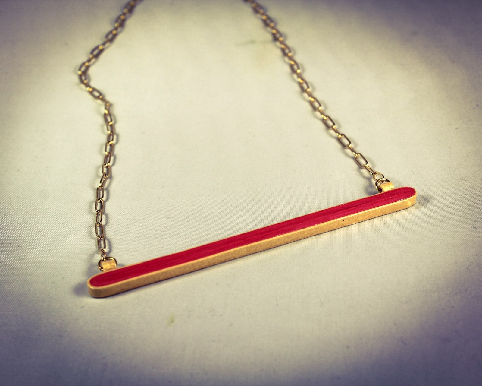 Gold and Red Horizontal Bar Paper Necklace | Sweethearts and Crafts