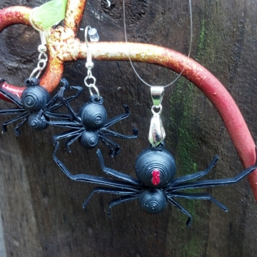 Halloween Spider Jewelry Paper Quilling